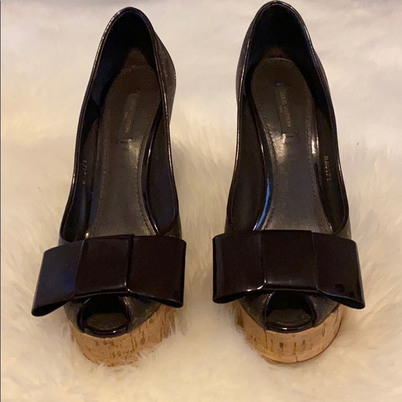 louis vuitton open toe chunky heels